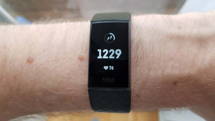 fitbit charge 3 details- 3